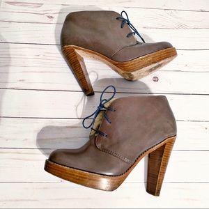 Cole Haan Nike Air Boots. Size 8